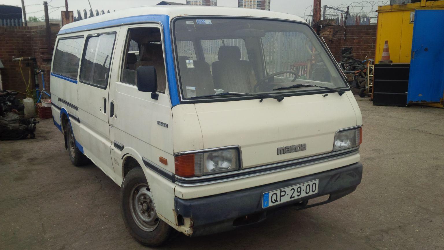 LHD Mazda E2200