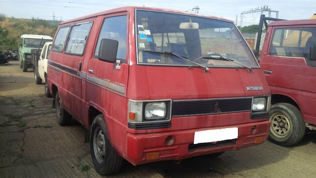 LHD Mitsubishi L300