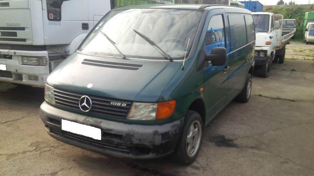 Left hand drive Mercedes Vito 108D