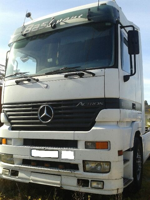 LHD Mercedes Actros