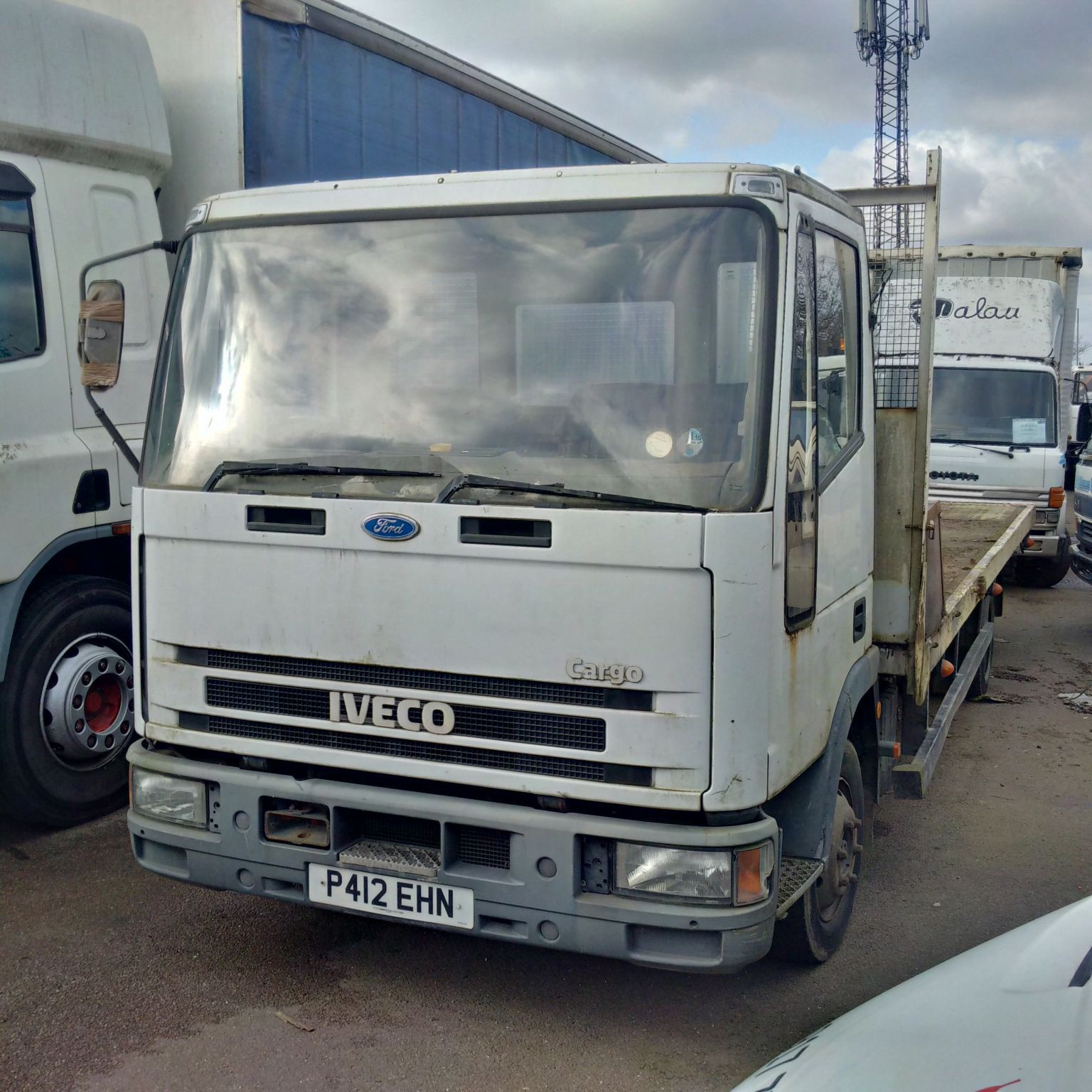 Iveco New Cargo 75E15 7.5 Ton flat lorry. Manual injector pump. On springs suspension.
