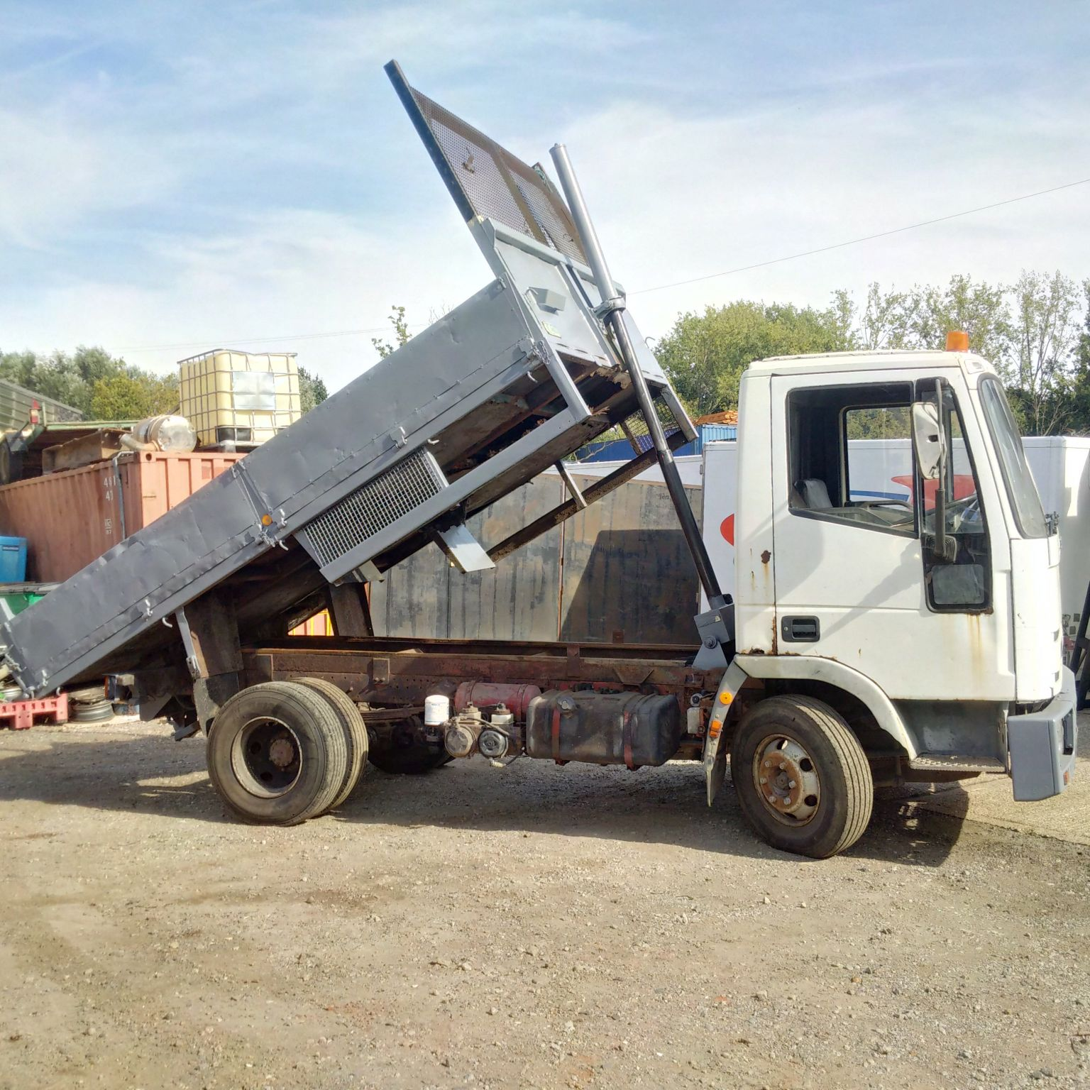 Iveco 75E15 7.5 Ton tipper. Manual injector pump.