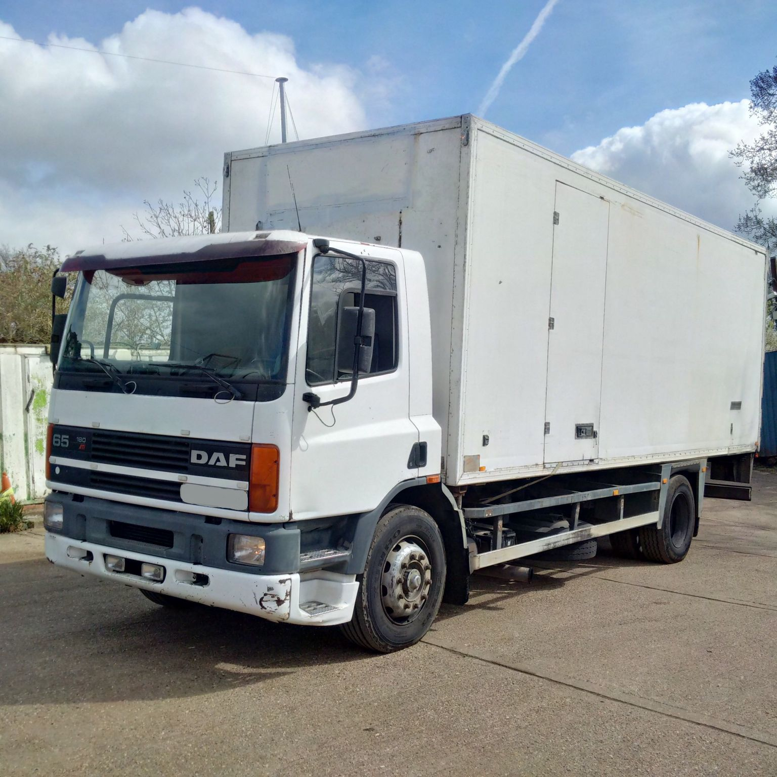 Left hand drive DAF 65 180 ATI 18 Ton Isothermic / Cold room box lorry.
