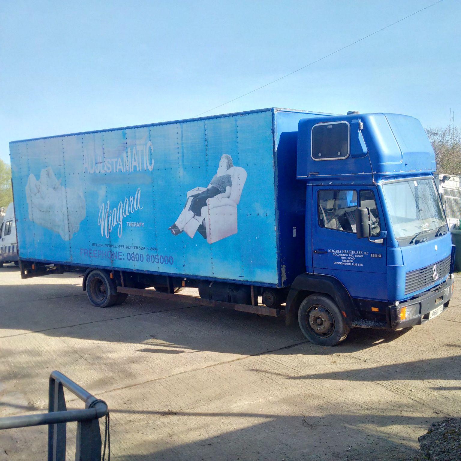 Mercedes Benz 814 7.5 Ton box lorry.
