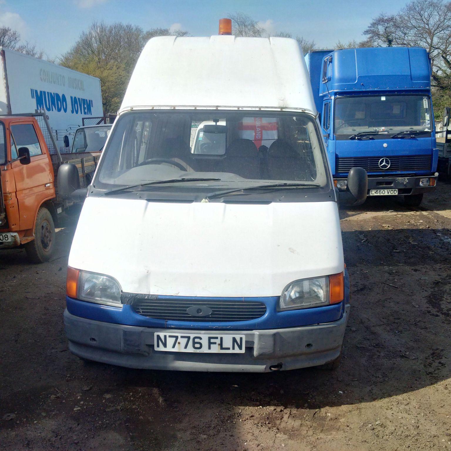 Ford Transit 100 2.5 diesel long wheel base van.