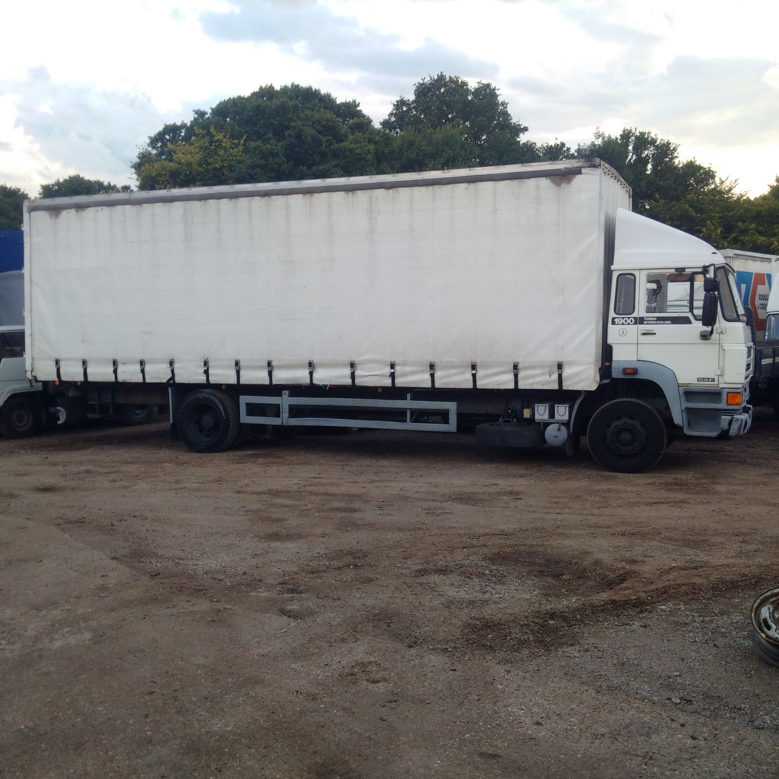 Left hand drive DAF 1900 Turbo Intercooling 18 Ton curtainsider.