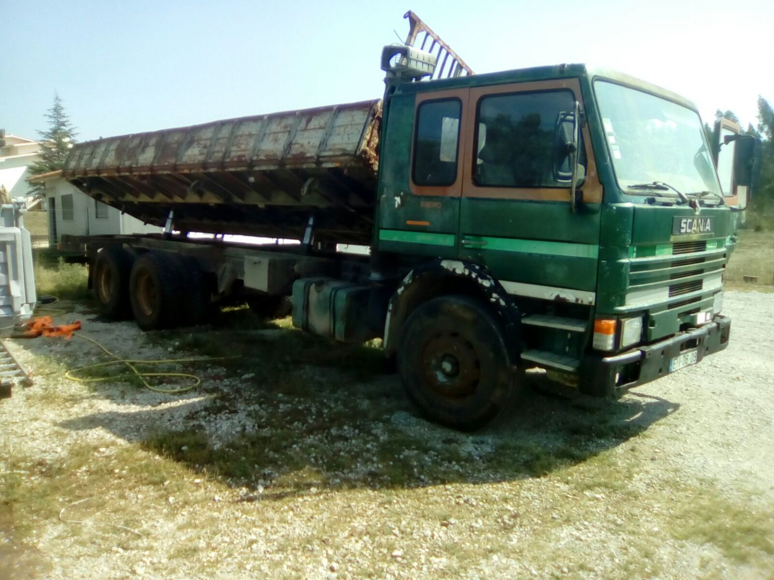 Left hand drive Scania 82 210 10 tyres 26 ton tipper.