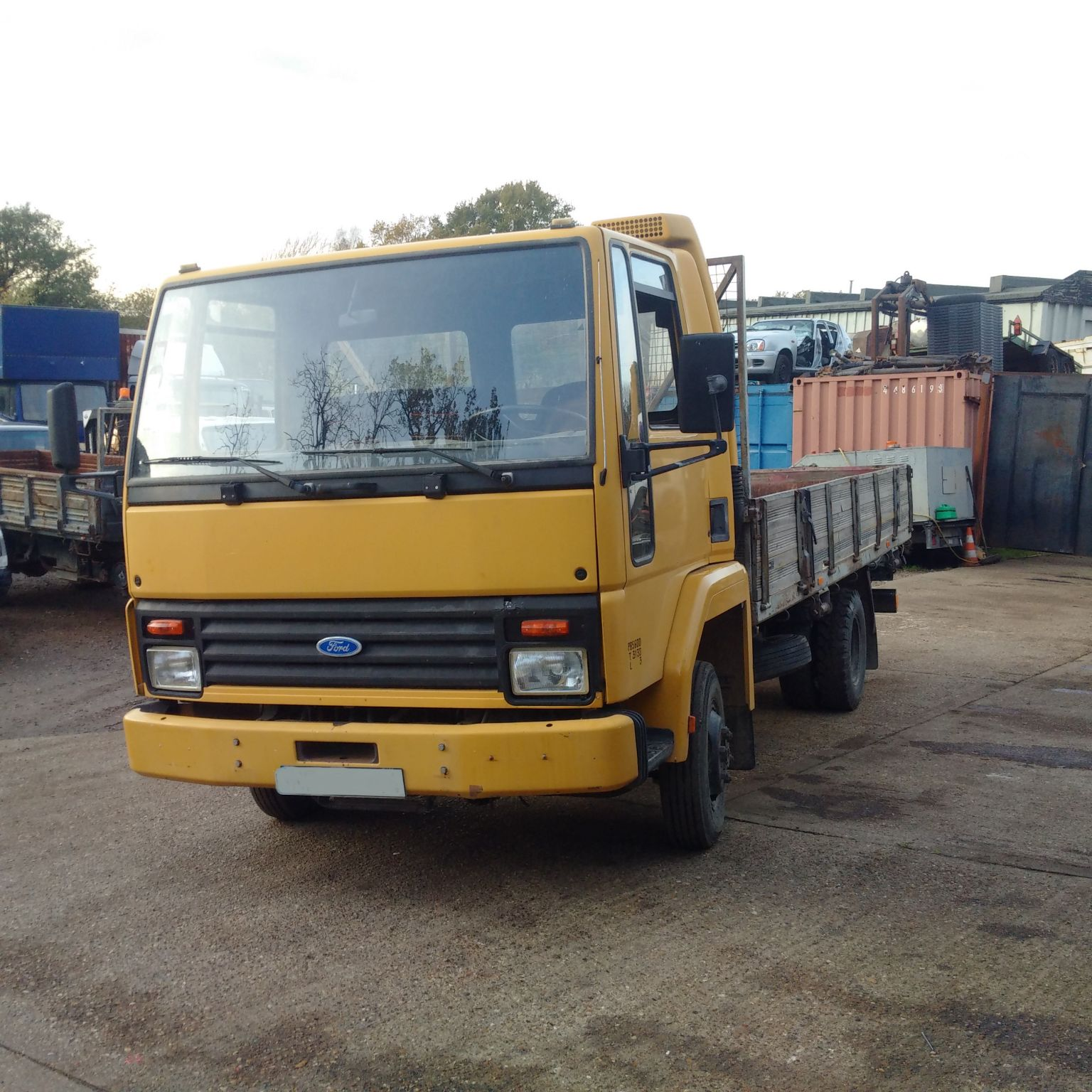 Left hand drive FORD Cargo 0609 4.1 diesel 5.6 ton truck.