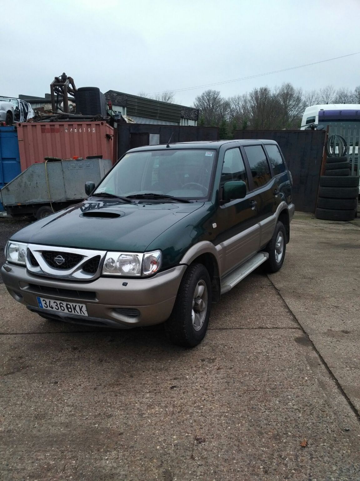 Left hand drive Nissan Terrano TD27 4X4 7 seater.