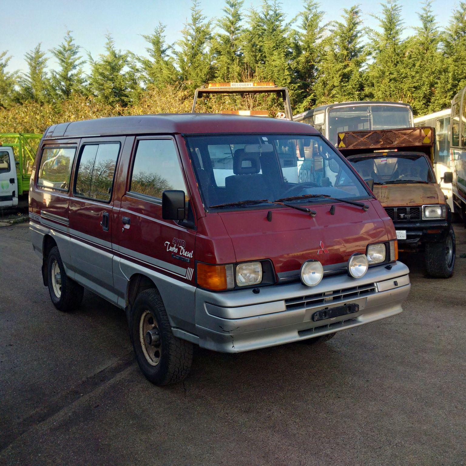 Left hand drive Mitsubishi L300 4X4 2.5 diesel