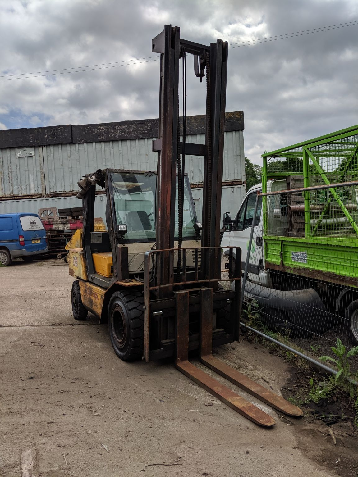 Boss 5 Ton forklift, 5.5 metre with integral side-shift, 4 brand new tyres