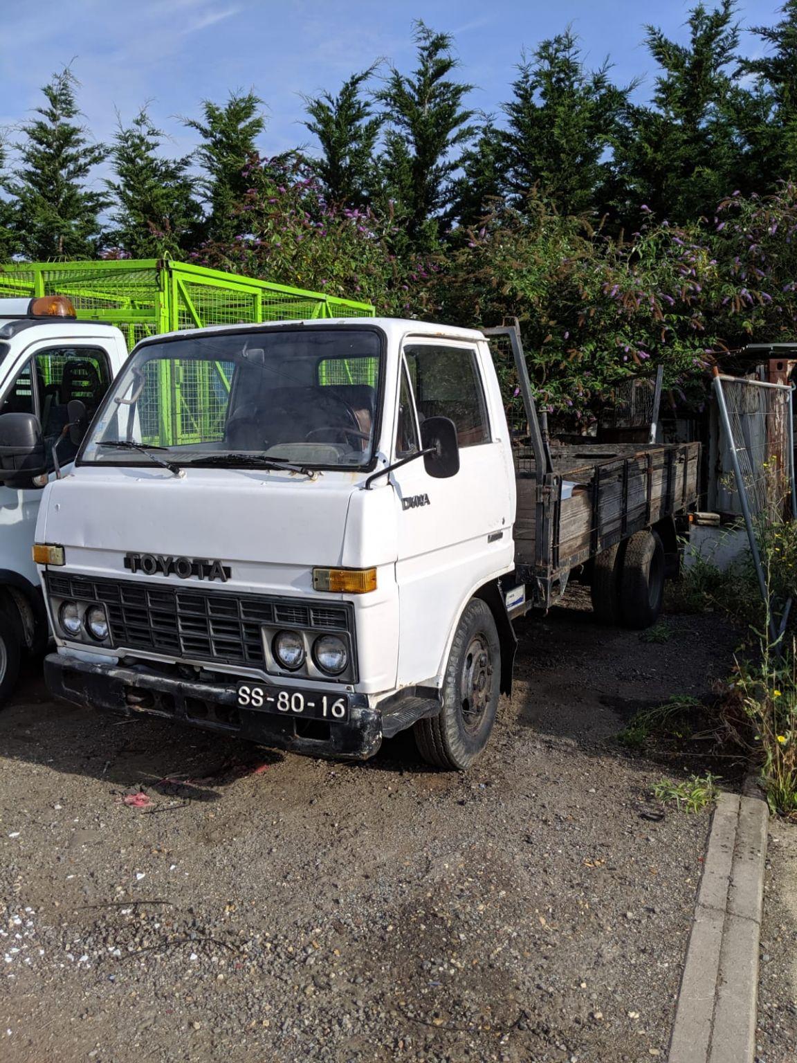 Left Hand drive, Toyota Dyna 300 / BU30 Dropside truck 3000cc engine