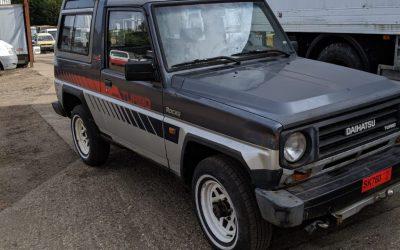 LEFT HAND DRIVE Daihatsu Rocky EX Diesel Turbo, SWB 4 x 4 Jeep