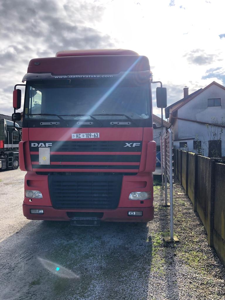 LEFT HAND DRIVE DAF XF95 Trailer head / Tractor unit