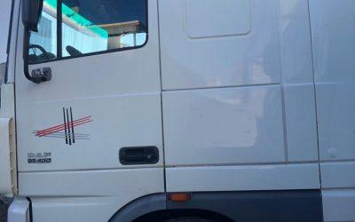LEFT-HAND-DRIVE-DAF-XF95-Trailer-head-Tractor-unit-44ton-4×2