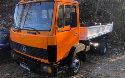 Left hand Drive, Mercedes-Benz, 814, 3 way tipper, 6 cylinder, Spring suspension, Manual gearbox