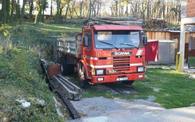 Left hand drive, Scania 113, 3 way tipper, 1993, Manual pump and injectors, Manual gearbox