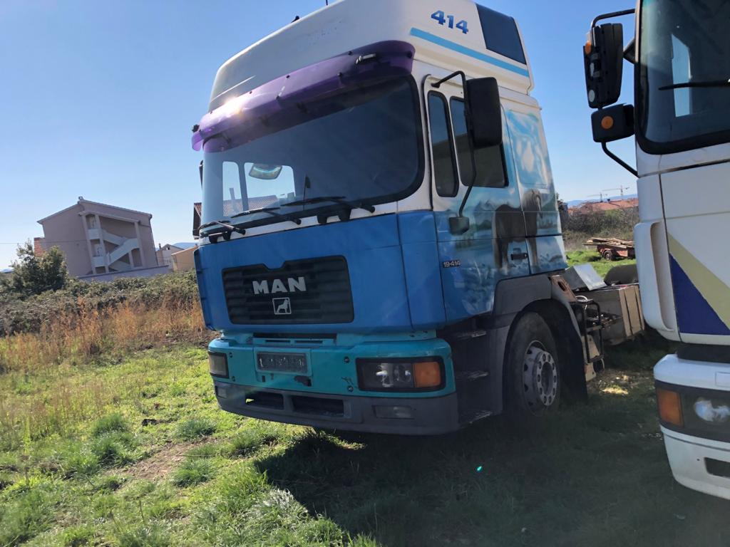 Left hand drive, MAN 19.414, Tractor unit, 4×2, Manual with tipping hydraulics