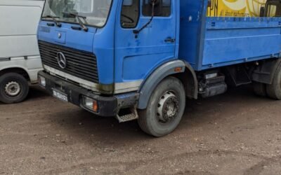 Left hand drive Mercedes Benz 1416 drop-side truck